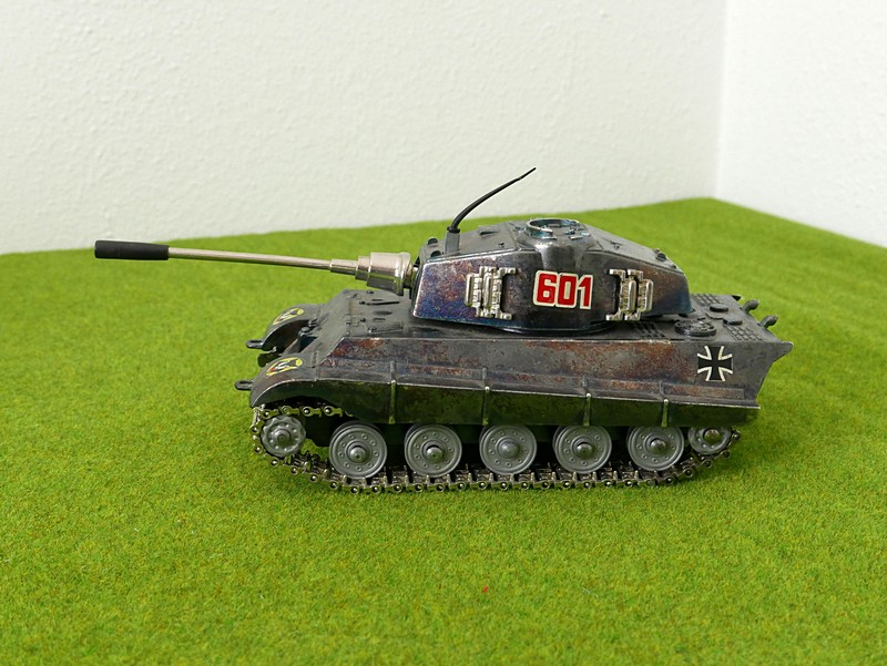Playme 601 Tiger II left side view